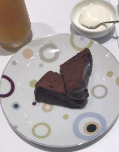 新宿三丁目 にある【ジャンポールエヴァン】のガトーショコラ美味すぎ!!