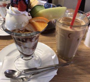 大宮(埼玉県)にある【CAFE EST】で休憩するのオススメ!静かで落ち着くぅ!