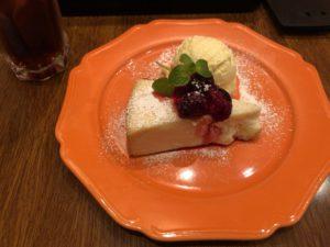 上野にある【WIRED CAFE(ワイアード カフェ)】が素敵!若者が好きそうな店!