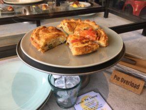 みなとみらい(神奈川県)にある【Pie Holic(パイ ホリック)】で食べるパイが美味しすぎる!無限に食えそう!
