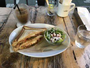 さいたま新都心にある【CAFE THE VUKE(カフェ ザ ブーケ)】で一休み!綺麗な街で過ごす時間は良いっすね~