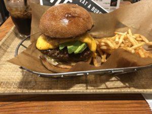 池袋LUMINEにある【J.S. BURGERS CAFE】のハンバーガー美味い!マ○クも見習えよ!