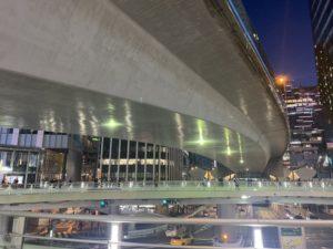 工事しまくった渋谷駅周辺が見違えるほど綺麗になってる!あの長い工事は無駄ではなかった!!