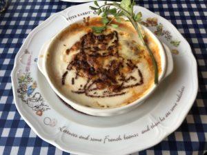 自由が丘にある【PETER RABBIT Garden café(ピーターラビット ガーデンカフェ)】のパイが美味い!です!