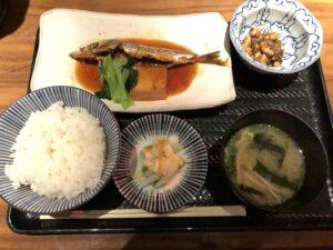 表参道にある【七代目 寅】の定食がレベチで美味い!